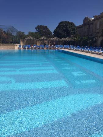 Sprachcaffe International: piscina do hotel