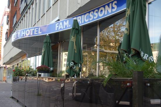 시티 호텔, 파밀리엔 에릭손