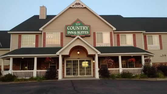 Country Inn & Suites By Carlson, Little Falls: entry