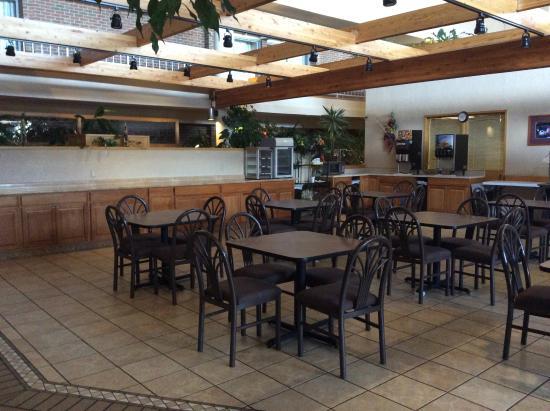 Grand Junction, CO: Breakfast area