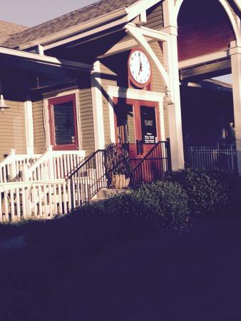Ricardo's Grill & Pub: photo0.jpg