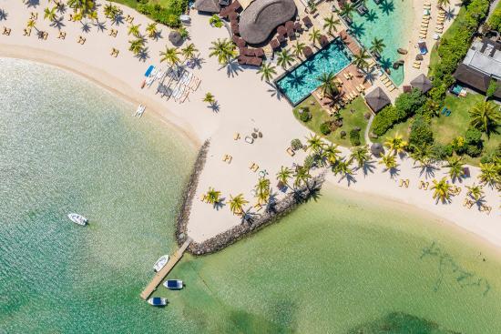 Four Seasons Resort Mauritius at Anahita : Two or Three Bedroom Garden Residence Villa