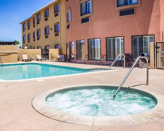 Comfort Inn & Suites Safford: AZPool