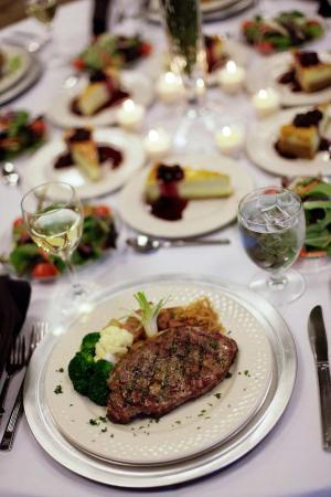 Hilton Garden Inn Mobile West I-65/Airport Blvd.: Dinner Plates
