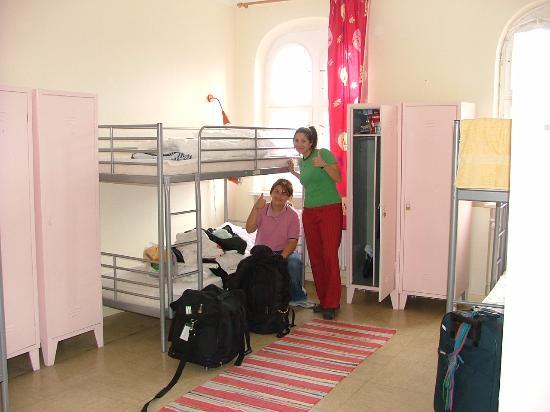 Three Little Pigs Hostel: Habitación