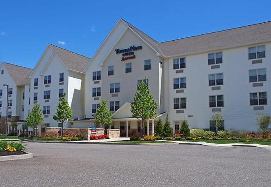TownePlace Suites Republic Airport Long Island/Farmingdale: Exterior