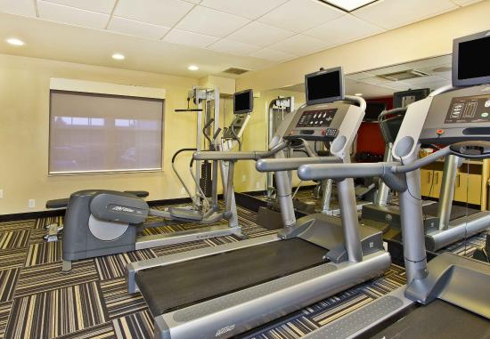TownePlace Suites Republic Airport Long Island/Farmingdale: Fitness Center