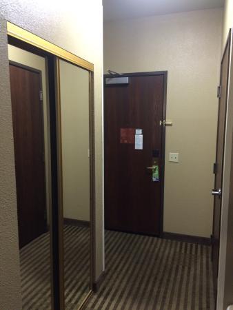 Comfort Inn & Suites Sacramento University Area : photo2.jpg