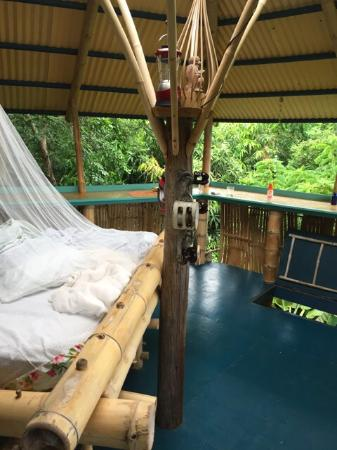 Tropical Treehouse : Lay down, rest, enjoy nature