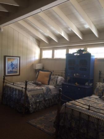Annabelle Inn : Whimsical cute rooms