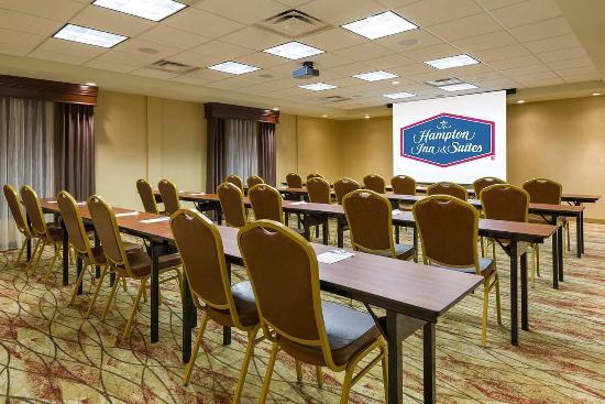 Hampton Inn and Suites Peoria at Grand Prairie 이미지