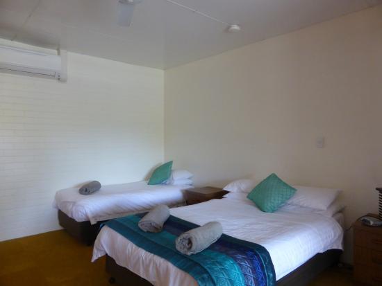 Kuranda Hotel Motel rooms