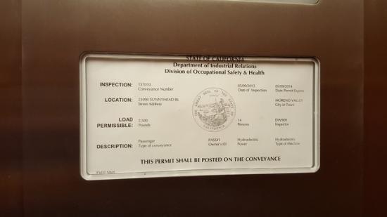 La Quinta Inn & Suites Moreno Valley: Elevator permit expired 05/09/2014.  Picture taken on 09/15/2015