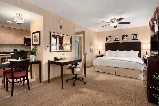 Homewood Suites by Hilton Newtown - Langhorne, PA: Non Smoking Studio Suite