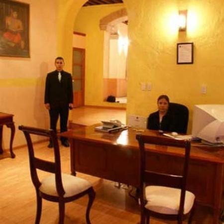 Hotel Casa Santo Domingo: front desk