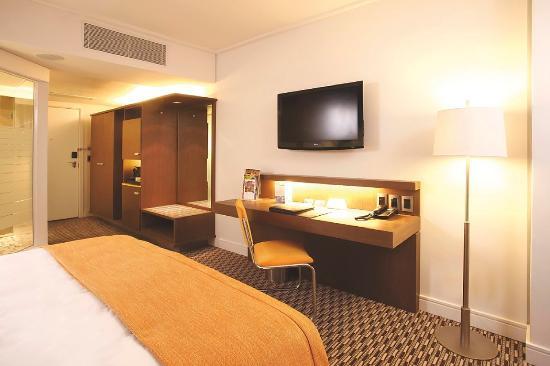 Radisson Blu Gautrain Hotel: Guest Room