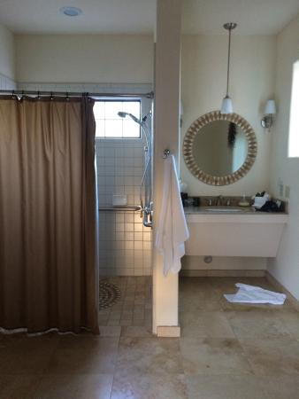 Alma de Sedona Inn Bed & Breakfast: bathroom del sol