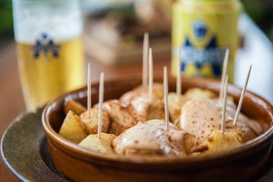 Seabean Tapas Bar Restaurant : Patatas Bravas