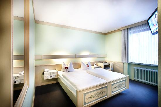 Basic Hotel Hannover Airport: Room2