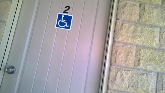 Biloela, Австралия: Entrance to wheelchair room