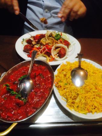 Mixed Grill with Rogan Josh Sauce & mushroom rice