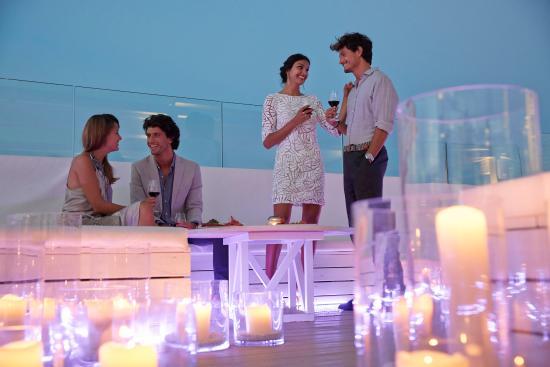 ME Ibiza: Bar/Lounge