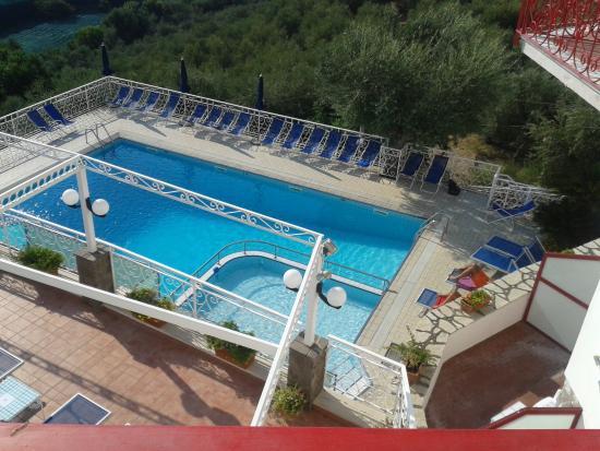 Hotel Dania: Il y a une mini piscine pour les enfants
