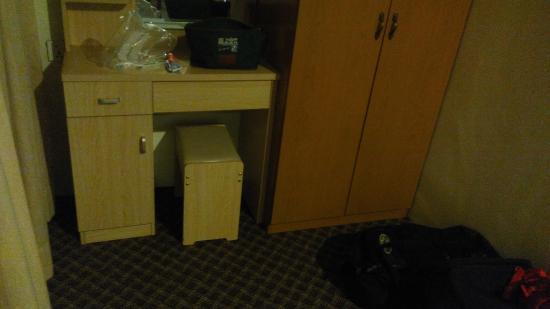 hotel titiwangsa mobiliario habitacion familiar