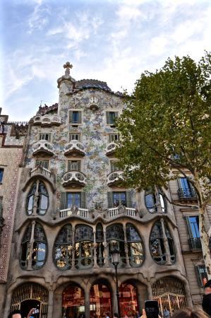 La facciata esterna picture of casa batllo barcelona - Facciata esterna casa ...