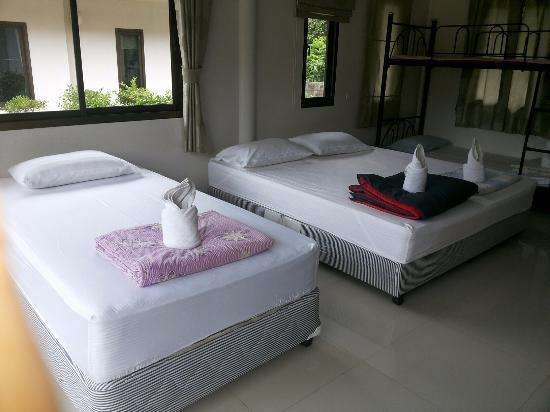 Villa Ravadee Resort & Spa : ภายในบ้านปูนแฝด
