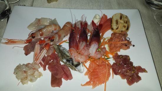 Alex Ristorante: *di mare: Scampi, Gamberi, Tartare di tonno, Tartare di Sarago