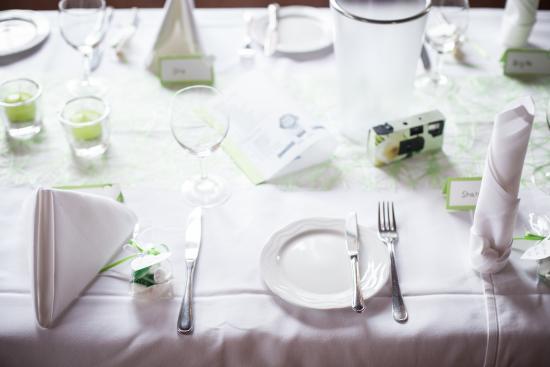 Ettenheim, Niemcy: gedeckter Tisch