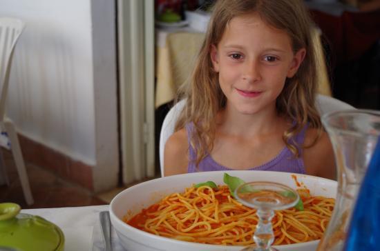 spaghetti mit tomatenso e 1 portion picture of ristorante pizzeria da salvo marinella di. Black Bedroom Furniture Sets. Home Design Ideas