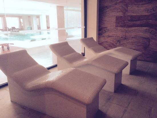 Spa, I just love to sit hereand enjoy the heat.