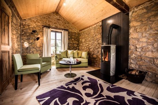La Pinte du Vieux Manoir: Livingroom Bahnwärterhüsli