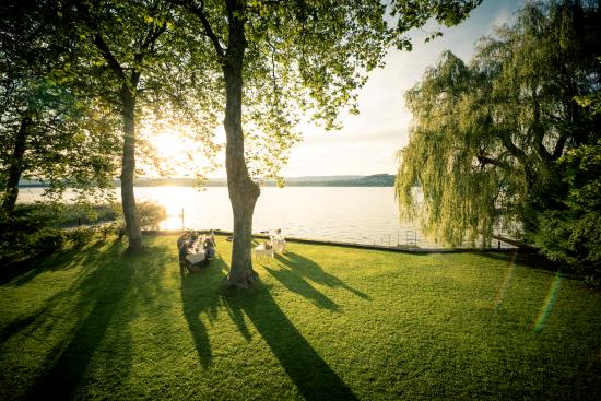 Meyriez, Szwajcaria: Park des Seehauses