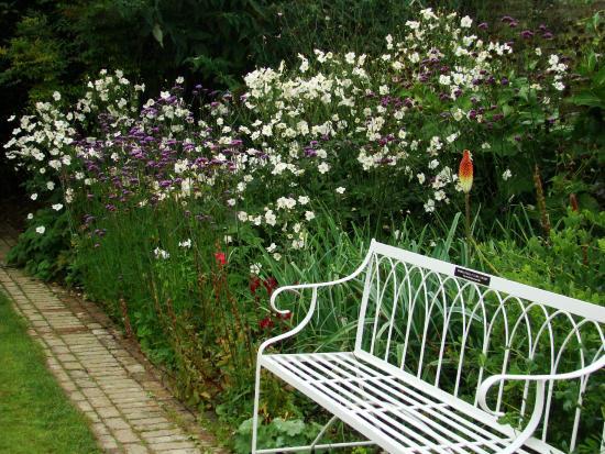 St Austell, UK: Sundial Garden