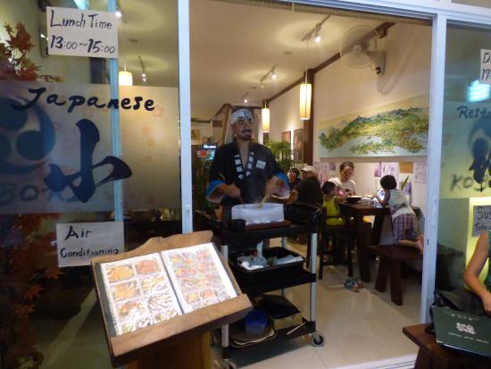 Mae Nam, Tailandia: Mr Koboro