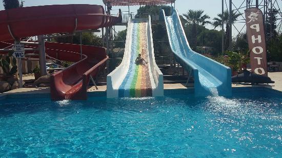 Yalı Castle Aquapark - תמונה של Yali Castle Aquapark ...
