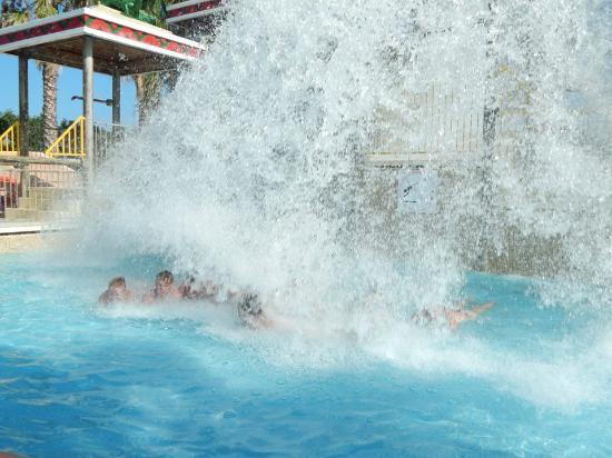 Parque acuatico arenal d 39 en castell spain updated 2018 - Parque acuatico menorca ...