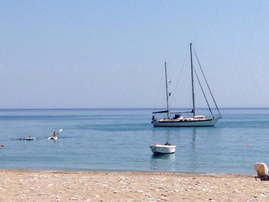 Kampos Beach