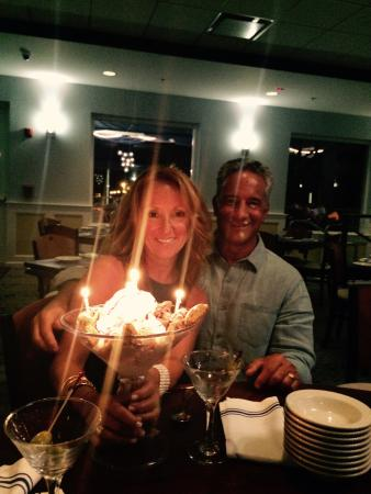 Allenhurst, Nueva Jersey: Sharon's Birthday at Mr C's