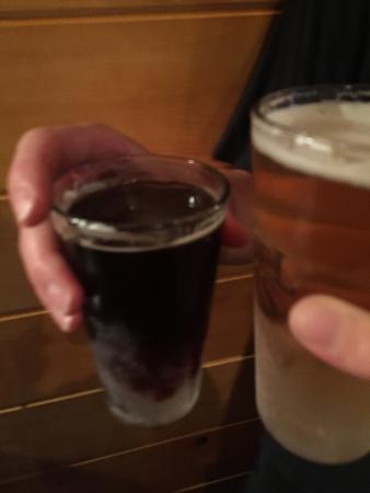 Auburn, ME: Delicious beers!