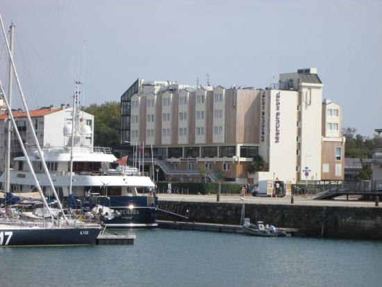 Mercure hotel picture of mercure la rochelle vieux port sud la rochelle tripadvisor - Hotel la rochelle vieux port ...