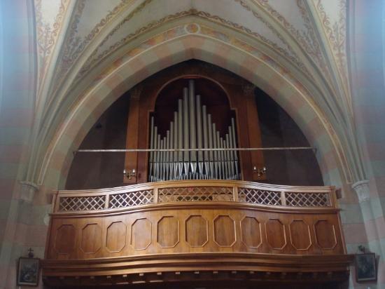 Chiesa di San Lorenzo: L'organo a canne