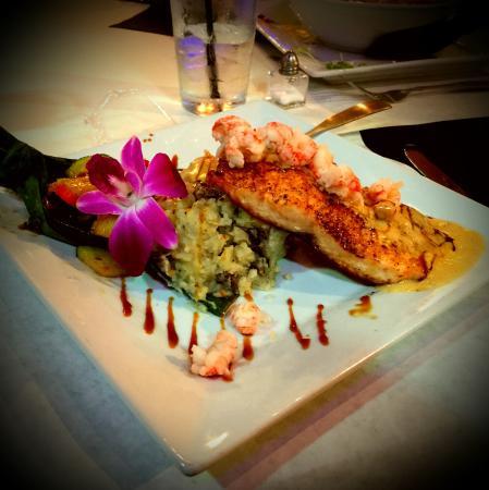 Blaze Bistro : Pan seared salmon!!!!!!