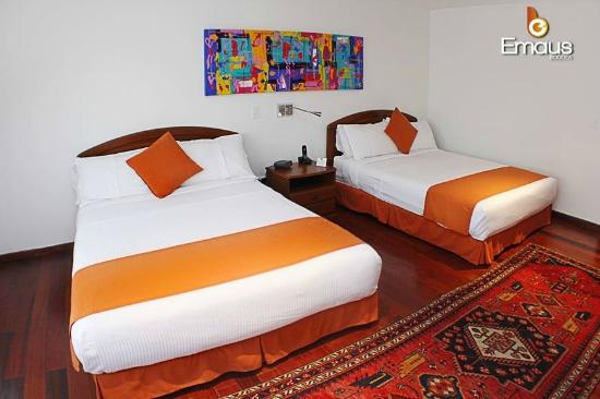 Hotel Emaus Bogotá: Habitación Twin