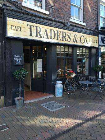 Traders - The Day Time Cafe: Exterior