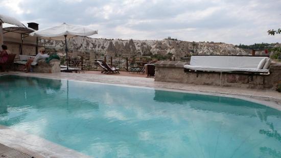 Kelebek Special Cave Hotel: Kelebek Pool and view