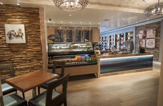 Balboa Bay Resort : Blend Cafe